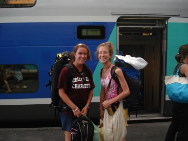 Two backpackers about to board the Eurorail