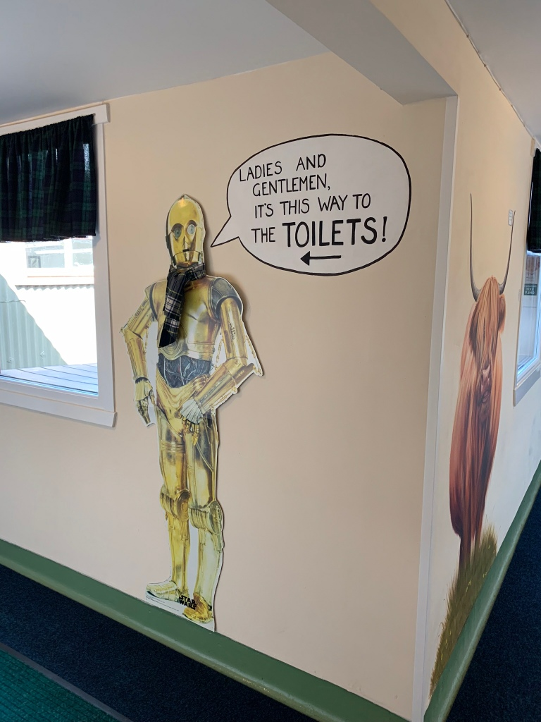 C-3PO Sign in Hostel