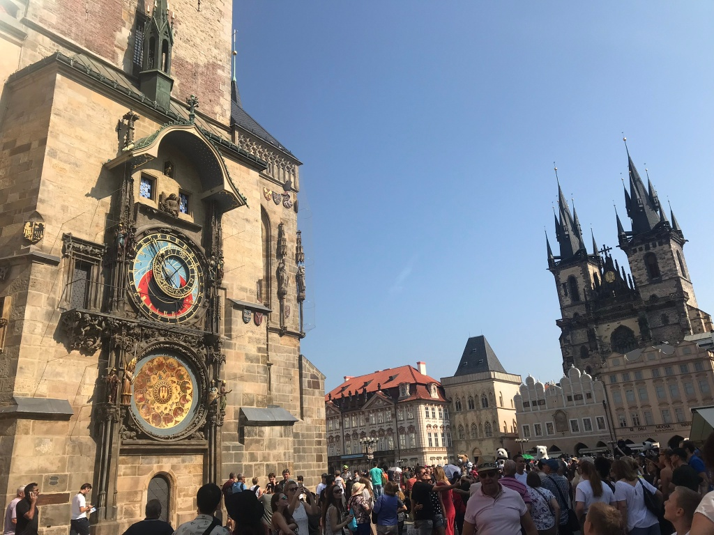 Crowds at the Astronomical Clock